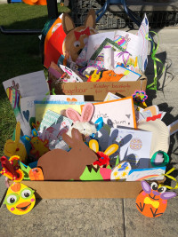 Zwei Kisten mit insgesamt 115 Geschenken konnte SPD-Chefin Nicole Bäumler ans Eleonore Sindersberger Altenheim überreichen.